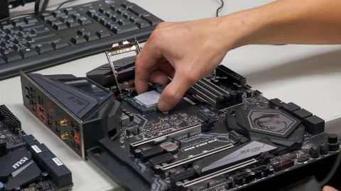 【主板厂没有说的秘密】如何正确安装处理器【Intel篇】Part1