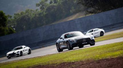 赛道试驾奔驰AMG全系
