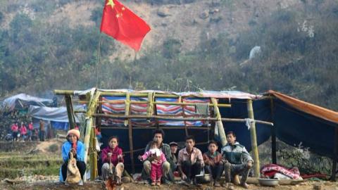 此地20万人说汉语习汉字,连手机卡都是中国的,他们自称中国人Part1