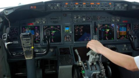 波音737驾驶舱视角