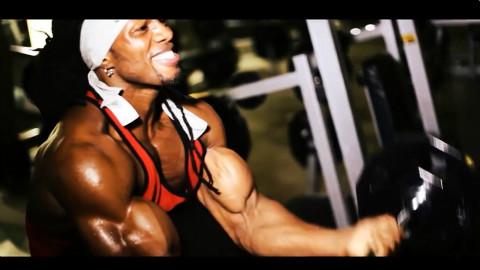 ULISSES JR 乌利塞斯 二头肌锻炼教学视频宣