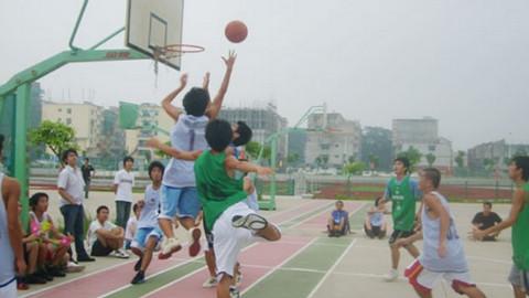 篮球场升职记