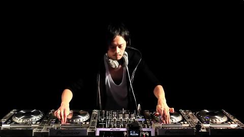 世界上技术最熟练的DJ之一!(Yamato)