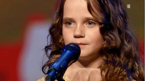 荷兰9岁小天使AmiraWillighagen歌剧现场震惊全球!