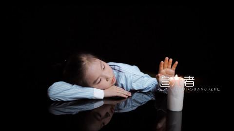 9岁李雨桐走心演绎《追光者》,我已经听哭了!
