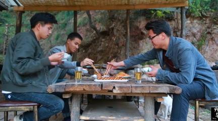 【野居青年】回到深山小院,清除杂草,修缮狗窝,再做上三个家常小菜