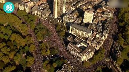 英国70万人游行要求二次公投