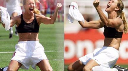 慶祝進球還是女足有意思!有人妖嬈嫵媚,有人霸氣十足