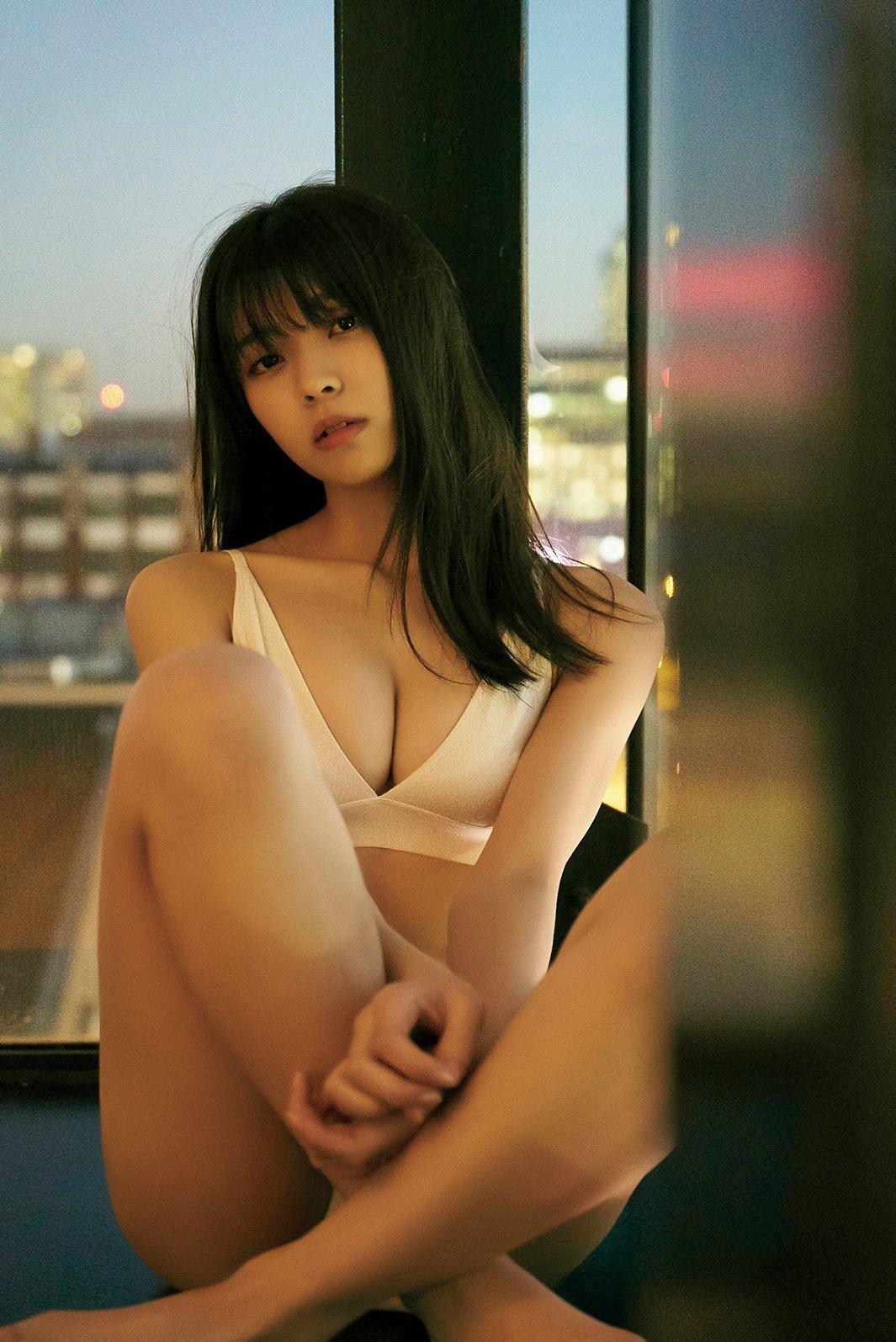 由依 集 小林 写真
