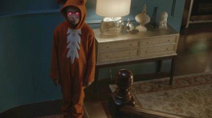 小保姆每天装鬼吓唬小孩,真鬼实在看不下去了……《猎奇怪谈:烛台》