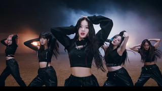 历代级的监狱舞蹈!唤醒沉睡于STAYC体内的力量~16 Shots Camila!4K版