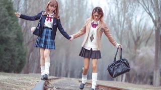 东京黑白辣妹妆 直男和女闺蜜一起穿JK变身日剧姐妹花!