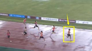 一骑绝尘!雨天又逆风,200米中国谢震业后程爆发甩开对手3米夺冠